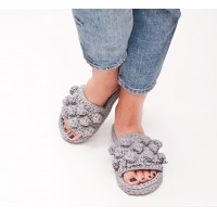 Slippers with bubbles Video RUS/EN