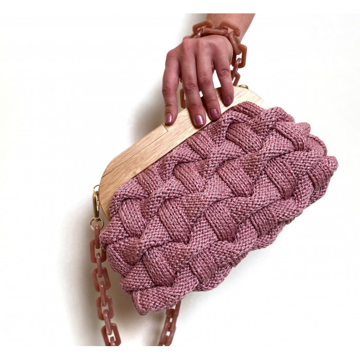 Knitted clutch with clasp Video RUS